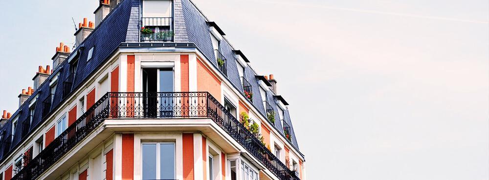 Oberer Balkon eines Altbaus
